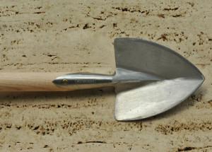 1-great-dixter-planting-spade